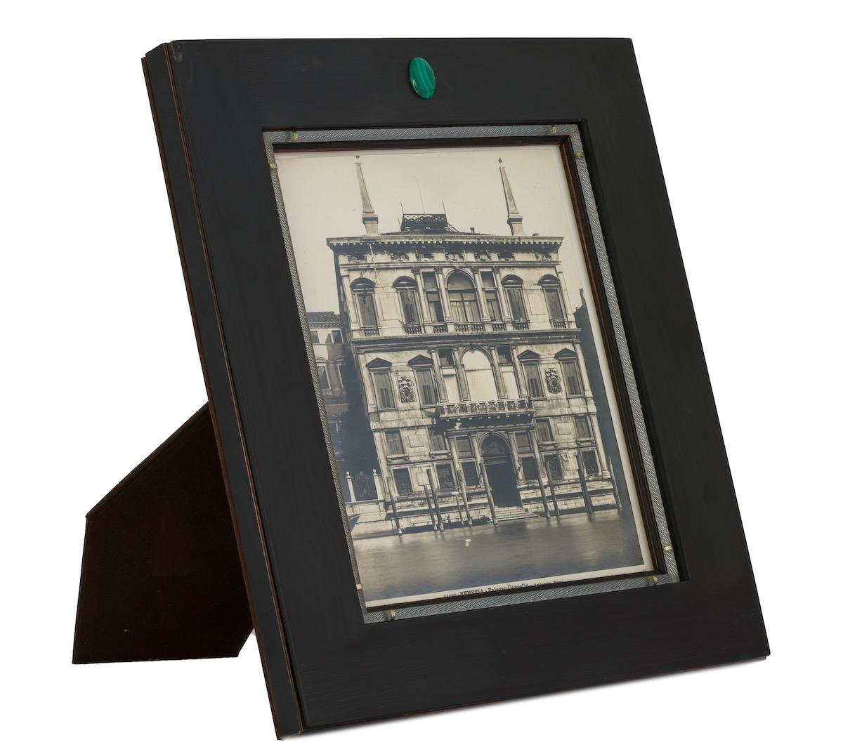 malachite-frame-lux-designer
