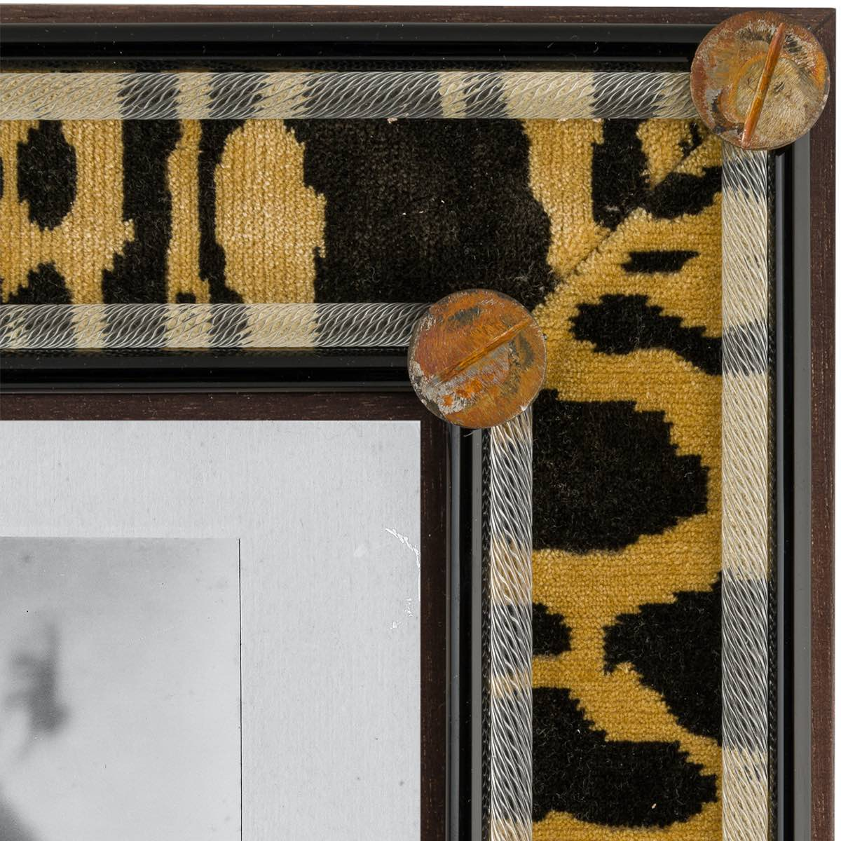 Leopardo-dettaglio-hoyne-leopard-frame-cornice-murano-luxury