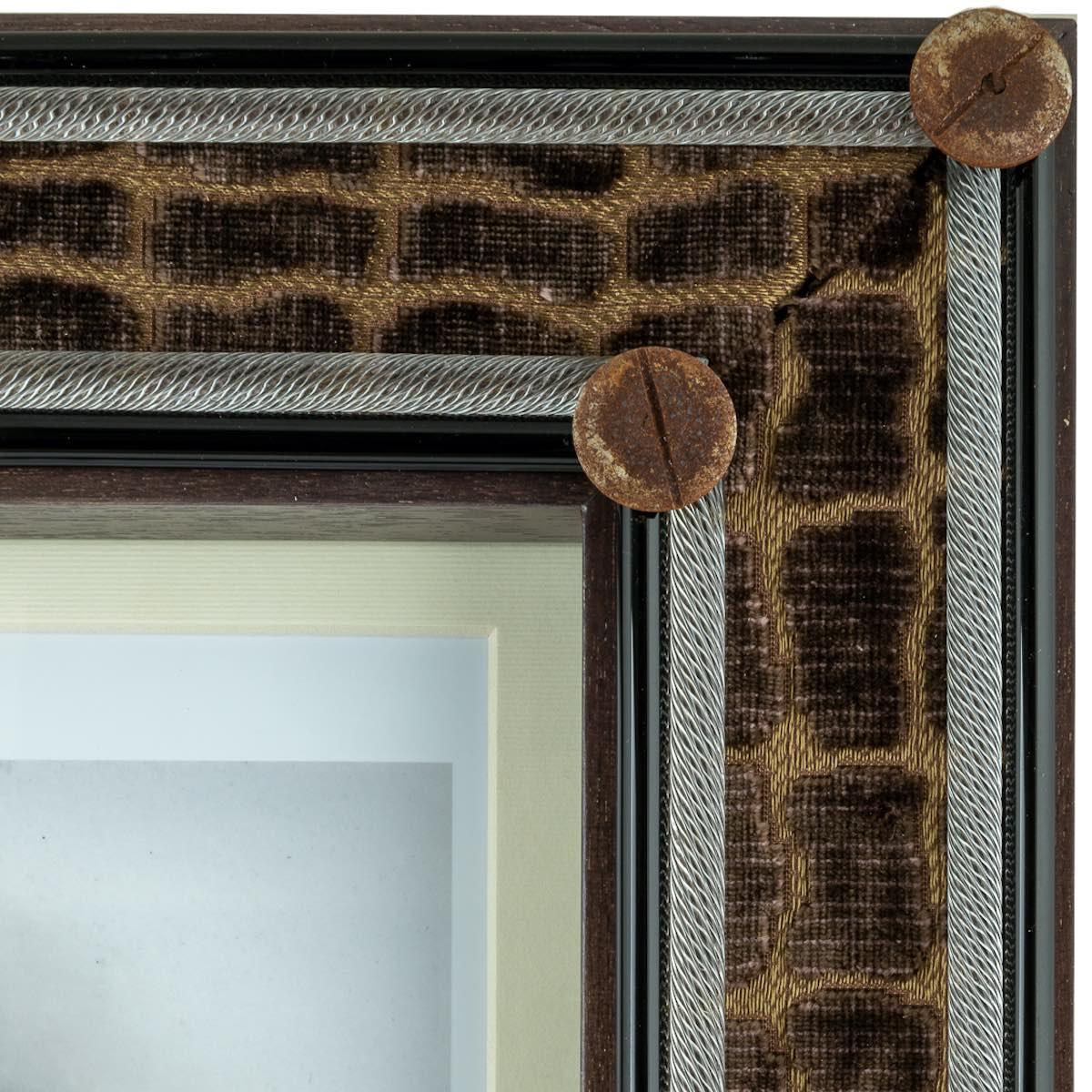 coccodrillo-frame-handmade-artisan-velvet-crocodile-real-luxury