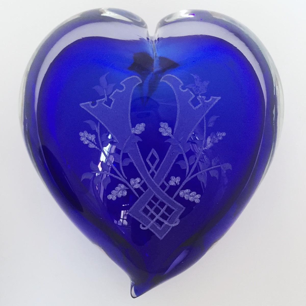 cuore-amore-blu-engraved-murano