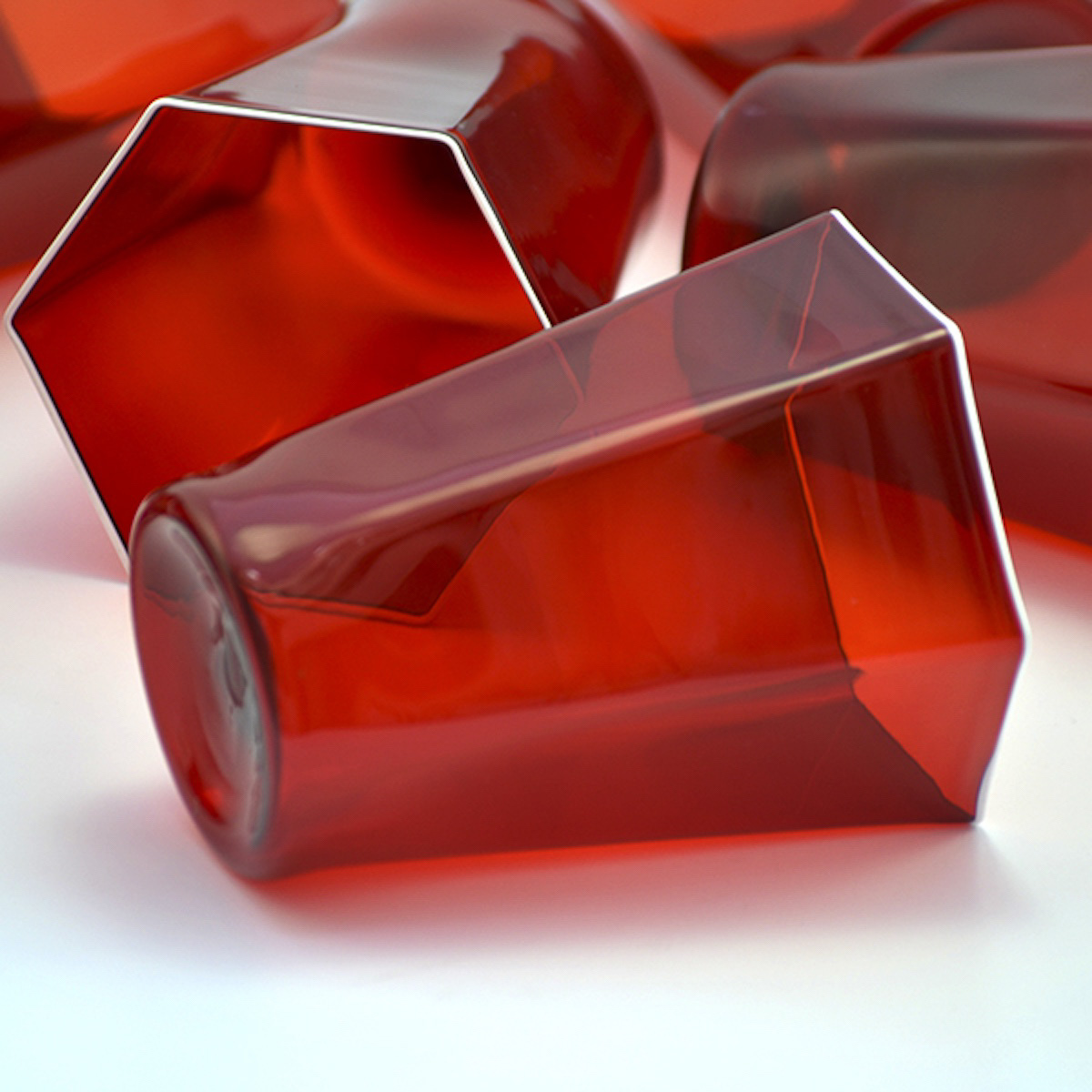 laguna-rosso-red-white-murano-water
