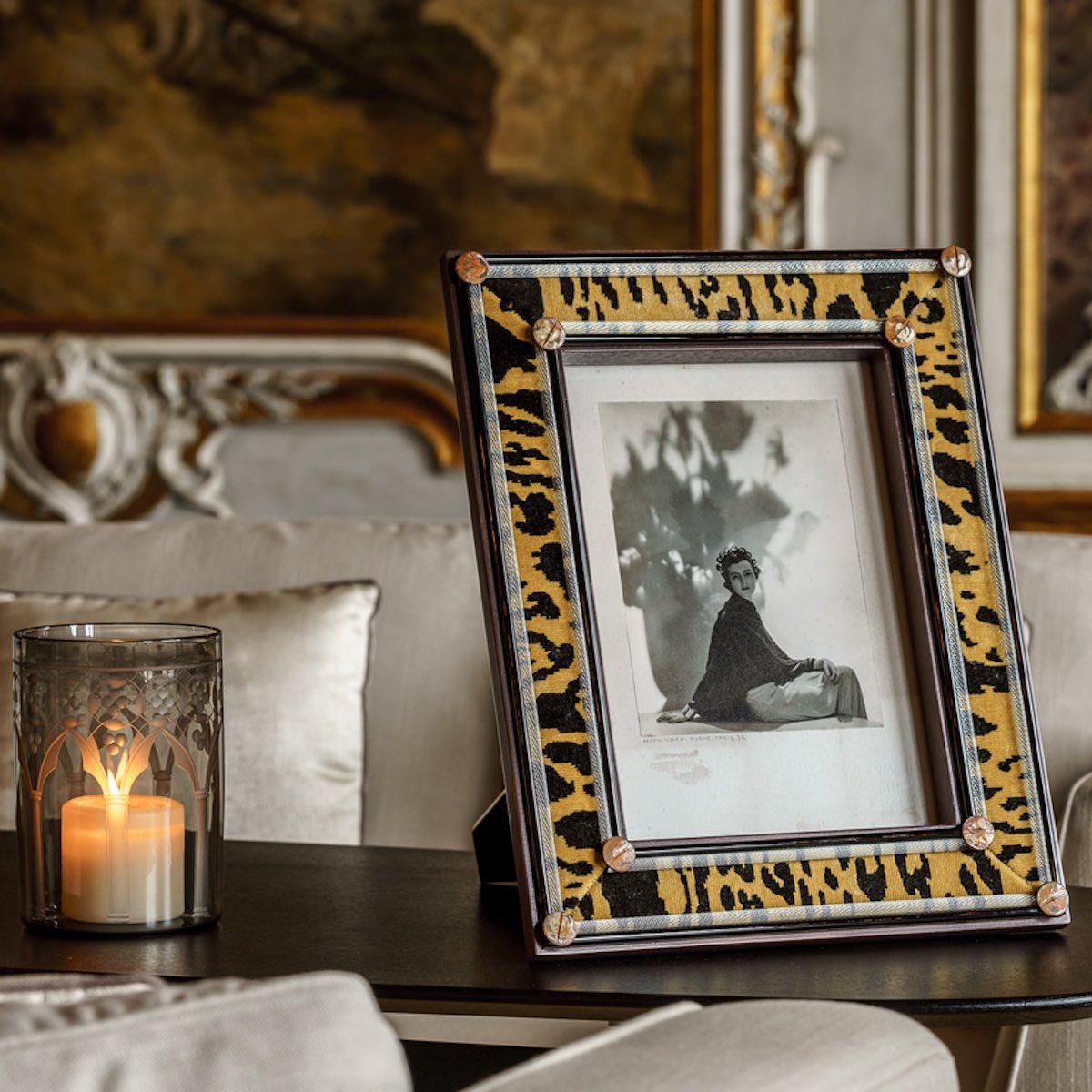 leopard-frame-bevilacqua