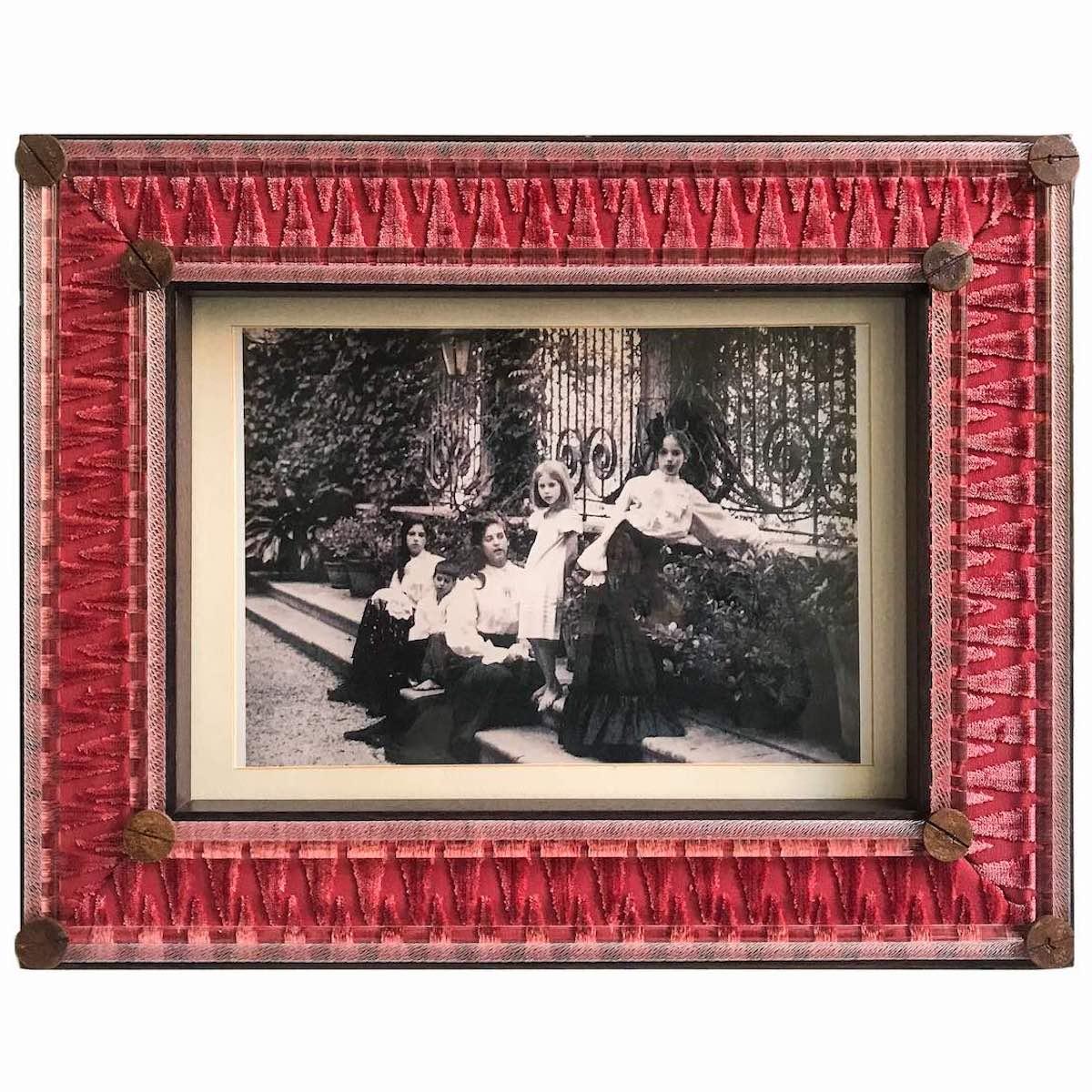 madda-bevilacqua-frame-picture-luxury-silk-velvet-red
