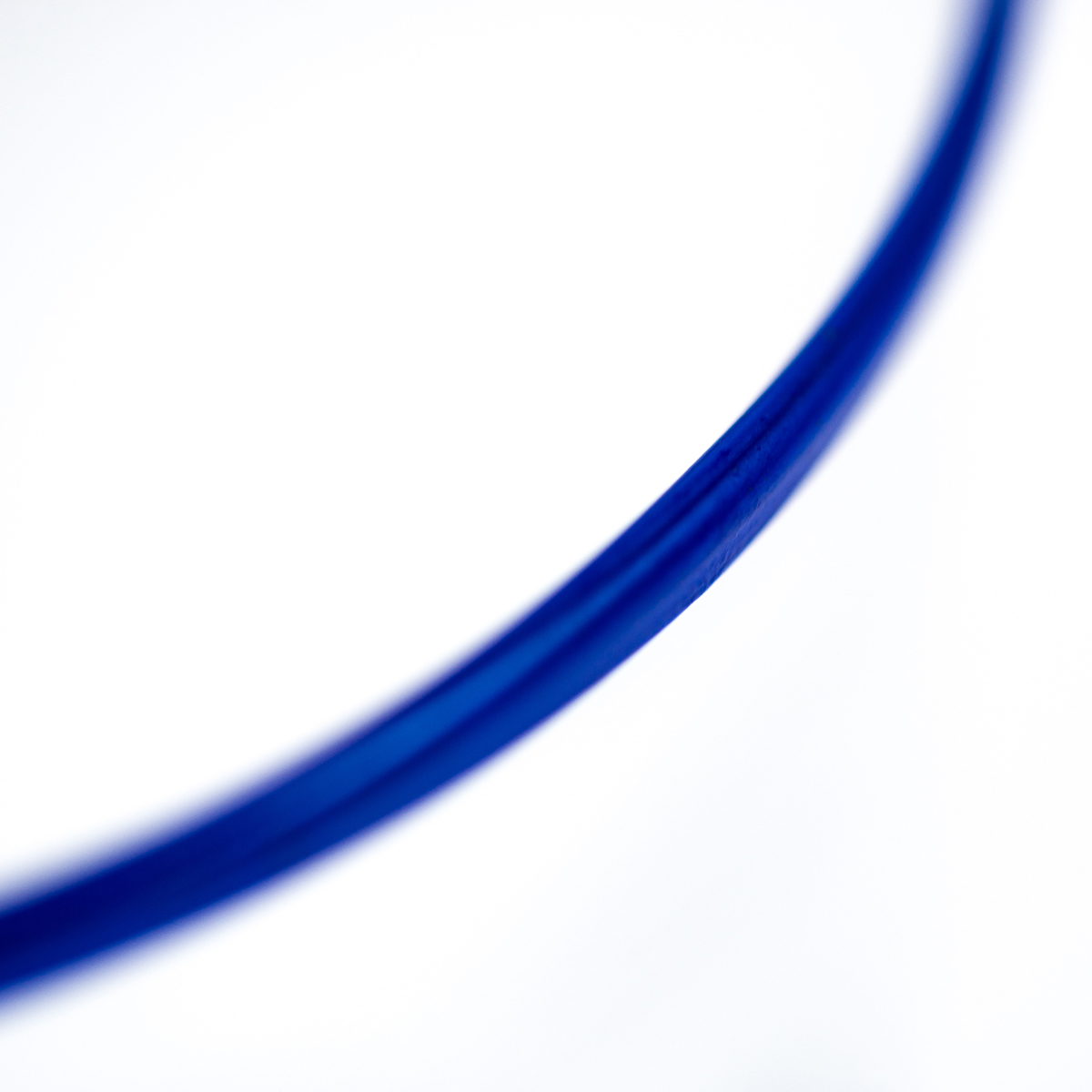 summer-vaso-glass-murano-blue-rim-crystal-design-giberto-venice-detail