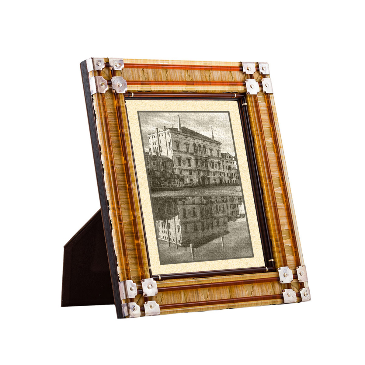 virginia_frame_amber_design_giberto_murano_venice_luxury_photograph